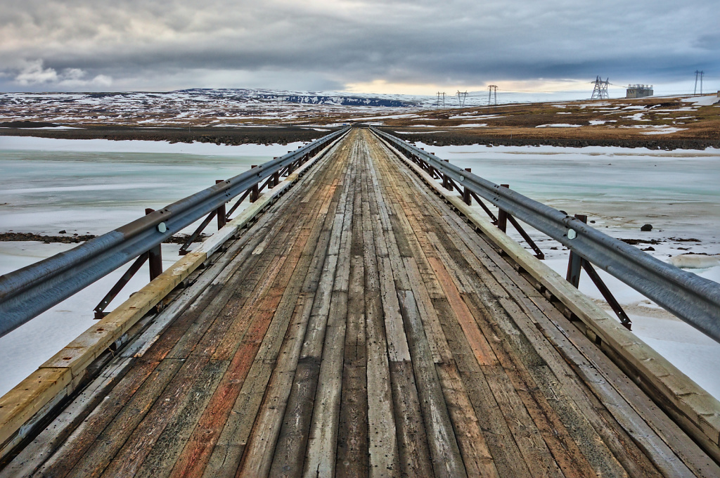 Icelandic bridge